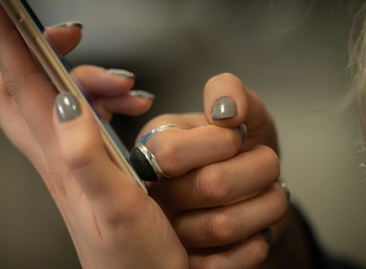 Autenticazione biometrica poco sicura? Ecco l'anello con l'impronta finta
