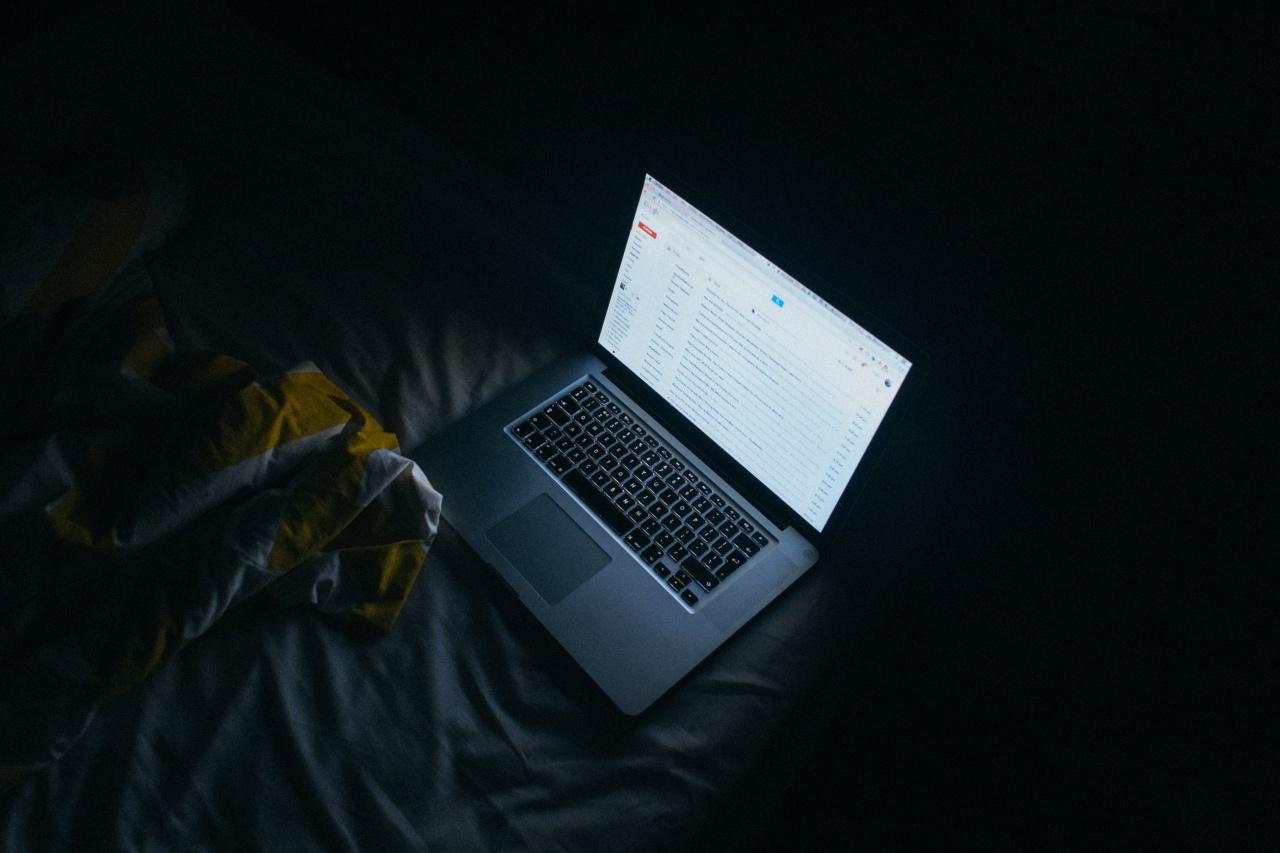 laptop computer light keyboard technology night 105816 pxhere com