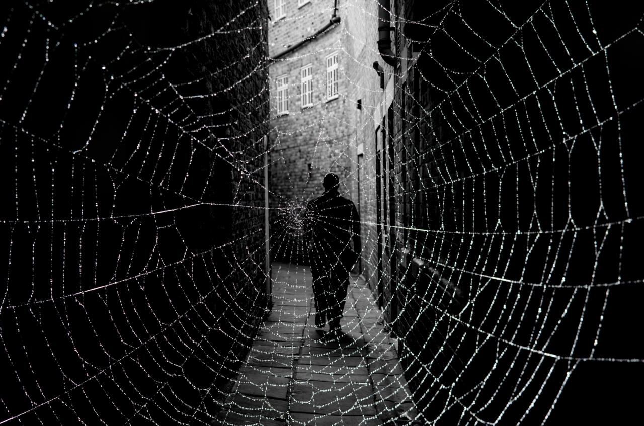 dark street and cobweb 1476345404bfr